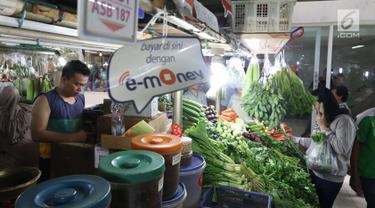 Belanja di Pasar Sayur Mayestik Bisa Bayar Nontunai