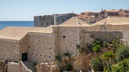 Suasana Kompleks Lazzarettos, sebuah fasilitas karantina abad pertengahan di Dubrovnik, Kroasia, Rabu (15/4/2020). Menteri Dalam Negeri Kroasia Davor Bozinovic mengungkapkan bahwa Kroasia akan memperpanjang masa lockdown akibat virus corona COVID-19. (Xinhua/Pixsell/Grgo Jelavic)