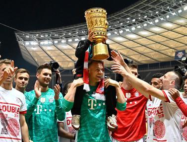 FOTO: Robert Lewandowski 2 Gol, Bayern Munchen Sabet DFB Pokal