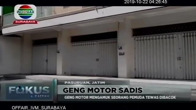Salah satu anggota geng motor bernama Roni ini menjalani pengobatan di RSUD R. Sudarsono Kota Pasuruan, Jawa Timur, sebelum diperiksa lebih lanjut. Tanpa alasan jelas, mereka mengamuk dan membacok seorang pria yang berada di warung kopi.