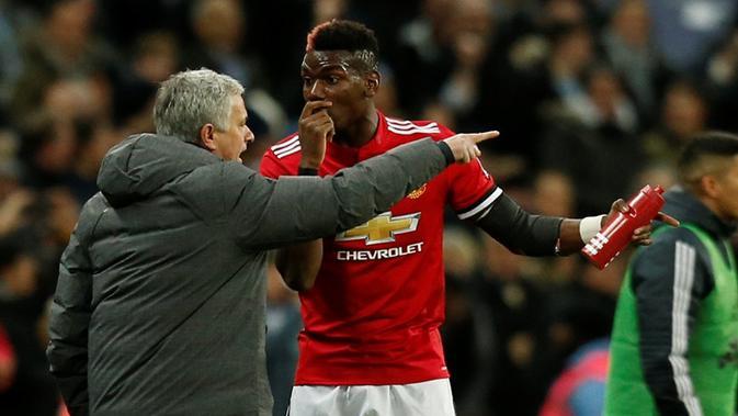 Hubungan manajer Manchester United, Jose Mourinho, dan Paul Pogba dikabarkan mulai renggang. (AFP/Ian Kington)#source%3Dgooglier%2Ecom#https%3A%2F%2Fgooglier%2Ecom%2Fpage%2F%2F10000