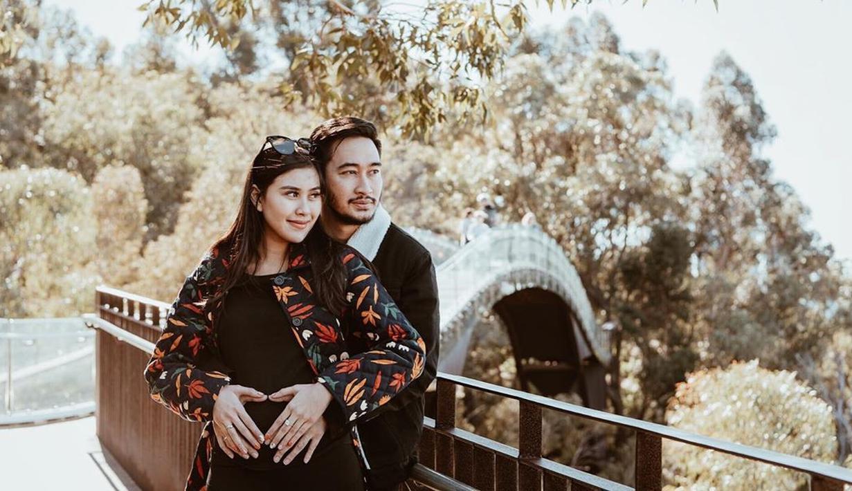 Syahnaz Sadiqah dan Jeje Govinda (Instagram/ritchieismail)