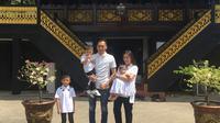 Aliya Rajasa dan Ibas Yudhoyono mudik ke Palembang [foto: instagram/ruby_26]