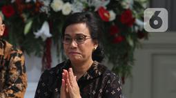 Menkeu Kabinet Kerja periode 2014-2019, Sri Mulyani diperkenalkan dalam pengumuman menteri Kabinet Indonesia Maju di Istana Merdeka, Jakarta, Rabu (23/10/2019). Sri Mulyani kembali dipercaya Presiden Jokowi menjabat sebagai Menkeu Kabinet Indonesia Maju periode 2019-2014. (Liputan6.com/Angga Yuniar)
