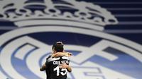 Real Madrid secara mengejutkan kalah dari pendatang baru Liga Champions 2021/2022, Sheriff Tiraspol. Klub asal Moldova ini mempermalukan Real Madrid, tim yang berstatus raja Liga Champions alias pengoleksi gelar terbanyak (13 kali), kalah dengan skor 1-2. (AP/Jose Breton)