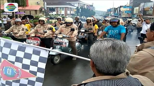 Tebarkan pesan damai untuk persatuan Indonesia, pengurus PP Muhammadiyah keliling Kota Ambon dengan vespa dengan menyinggahi sejumlah kelompok umat agama.
