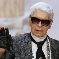 Direktur Kreatif Karl Lagerfeld, Karl Lagerfeld tidak menggunakan internet. foto: urban fashion