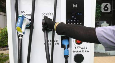 Pertamina Siapkan Stasiun Pengisian Kendaraan Listrik Umum