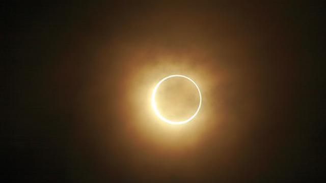 Gerhana Matahari Cincin Dan Pudarnya Tradisi Doa Tolak Bala