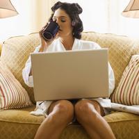 Ilustrasi kerja di rumah | Sumber Foto: businesspundit.com