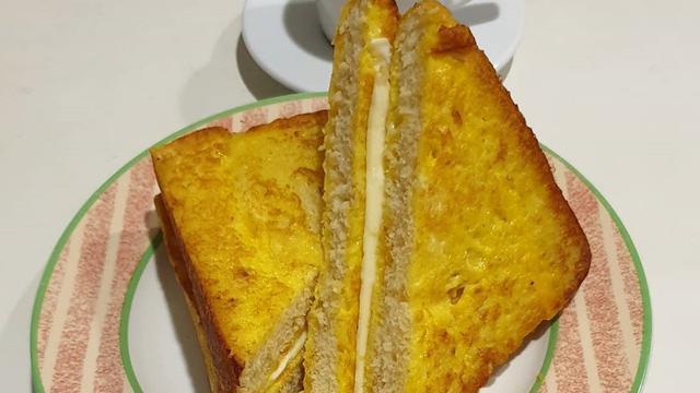 Resep Roti Goreng Telur, Bekal Praktis nan Lezat - Lifestyle Liputan6.com