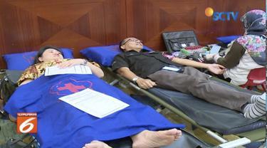 Dalam rangka memperingati HUT ke-28 SCTV, Yayasan Pundi Amal Peduli Kasih gelar donor darah di Senayan City.