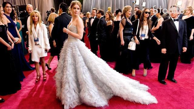Siapa saja deretan aktris yang tampil memukau di karpet merah Oscar 2017? Selengkapnya hanya di Starlite!