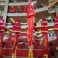 Dalam rangka merayakan Tahun Baru Imlek, Mal Taman Anggrek menghadirkan pertunjukkan akrobat asal Cina (Foto: Vinsensia Dianawanti)