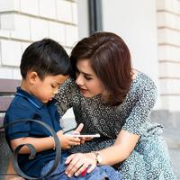 Ponsel untuk anak./Copyright shutterstock.com/g/Pornsak%2BPaewlumfaek