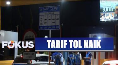 Perubahan tarif dilakukan secara simbolik di Pintu Tol Karang Tengah Barat, Tangerang, Banten.