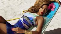 Beyonce tak menyangka dirinya mengalami hal memalukan di atas panggung saat rambutnya tersangkut (foto: Hello Magazine).