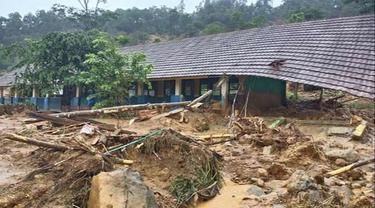 Longsor di Kecamatan Sukajaya, Bogor, Jawa Barat.