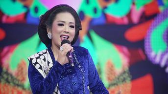 6 Potret Soimah di Program Juragan 11 Indosiar, Menawan Kenakan Kebaya Tradisional dan Sanggul Klasik