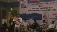 Jokowi Center merilis mesin pencari sumber hoaks berbasis website di situs resmi thejokowicenter. Foto (M. Radityo) Jokowi Centermerilis mesin pencari sumber hoaks berbasis website di situs resmi thejokowicenter. Foto (M. Radityo)