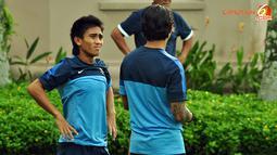 Latihan Timnas Indonesia rabu 28 November 2012 di Halaman Hotel Horses Golden Palace, Kuala Lumpur Malaysia, jelang laga Indonesia melawan Singapura nanti malam.