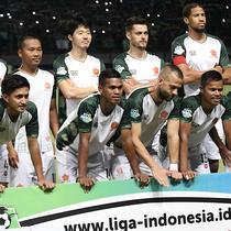 PS Tira jelang melawan Persebaya di Stadion Gelora Bung Tomo, Surabaya, Selasa (11/9/2018). (Bola.com/Aditya Wany)