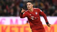 3. James Rodriguez - Selama masa peminjaman bersama Bayern Munchen dirinya tampil biasa saja, kemungkinan besar dirinya akan kembali dilego oleh Real Madrid dan mungkin ke Napoli untuk gabung bersama Carlo Ancelotti. (AFP/Christof Stache)