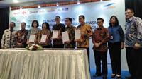 PT ASDP Indonesia Ferry (Persero) menjalin kerja sama dengan empat bank yang tergabung dalam Himpunan Bank Milik Negara (Himbara), yaitu Bank Mandiri, BRI, BNI dan BTN.