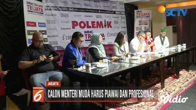 Para pengamat mengatakan Jokowi harus memilih menteri sesuai kriteria yang dibutuhkan.