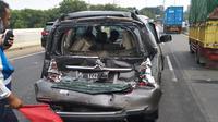 Kecelakaan beruntun di KM 19 Tol JORR, Jumat 11 September 2020. (Dok Kepolisian)