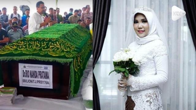 Tak jadi menikah, seorang wanita yang merupakan pacar korban Lion Air JT-610 tetap memakai baju akad saat tanggal yang ditetapkan.