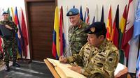 Pangarmabar laksanakan kunjungan kehormatan kepada Force Commander UNIFIL di Naqoura, Lebanon, Selasa 20 Desember 2017. (Dokumentasi Pangarmabar)