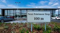 Histeria Pokemon Go juga dimanfaatkan perusahaan lain untuk meraup untung. Tak terkecuali perusahaan otomotif seperti Mercedes-Benz.