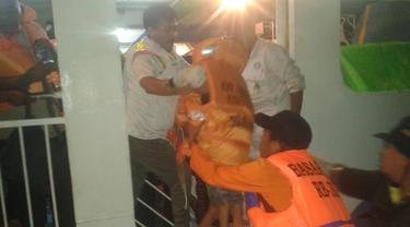 KMP Dharma Kartika Karam di Bone, 9 Balita Dievakuasi via Jendela