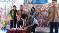 Plan Internasional Indonesia dan Plan Korea serta KOICA melalui dukungan dana dari Mirae Asset Daewoo melaksanakan program sekolah aman bencana di 15 Sekolah Dasar (SD)  di Kabupaten Timor Tengah Selatan (TTS) Nusa Tenggara Timur (NTT)
