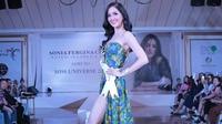 Puteri Indonesia 2018, Sonia Fergina Citra, memeragakan busana untuk Miss Universe 2018, 23 November 2018. (dok. Instagram @officialputeriindonesia/https://www.instagram.com/p/BqhMgWDF96n/Asnida Riani)