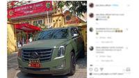 Mobil dinas pejabat di Indonesia pakai Cadillac Escalade (plat dinas official)