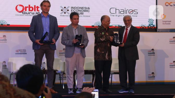 Pembicara pada acara Indonesia Education Forum di Jakarta, Jumat (18/10/2019). Liputan6.com/Keenan Pasha