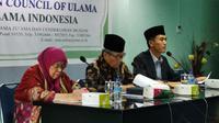 (kanan-tengah) Sekretaris Komisi Fatwa MUI, Asrorun Niam Sholeh dan Ketua Komisi Fatwa MUI, Hasanuddin AF. (Liputan6.com/ Andina Librianty)