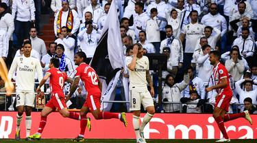FOTO: Sergio Ramos Kartu Merah, Real Madrid Tumbang dari Girona