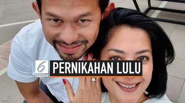 Lulu Tobing yang kini berusia 41 tahun resmi dipersunting seorang pengusaha sukses di bidang pelayaran, Bani M. Mulya. Pernikahannya keduanya digelar pada Sabtu (24/8/2019).