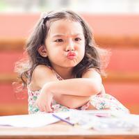 Menyikapi anak yang dimanjakan kakek neneknya./Copyright shutterstock.com