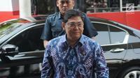 Wakil Ketua DPR Utut Adianto bersiap menjalani pemeriksaan di Gedung KPK, Jakarta, Selasa (18/9). Saat mangkir, Utut beralasan tak bisa menenuhi panggilan pemeriksaan lantaran ada kegiatan lain. (Merdeka.com/Dwi Narwoko)
