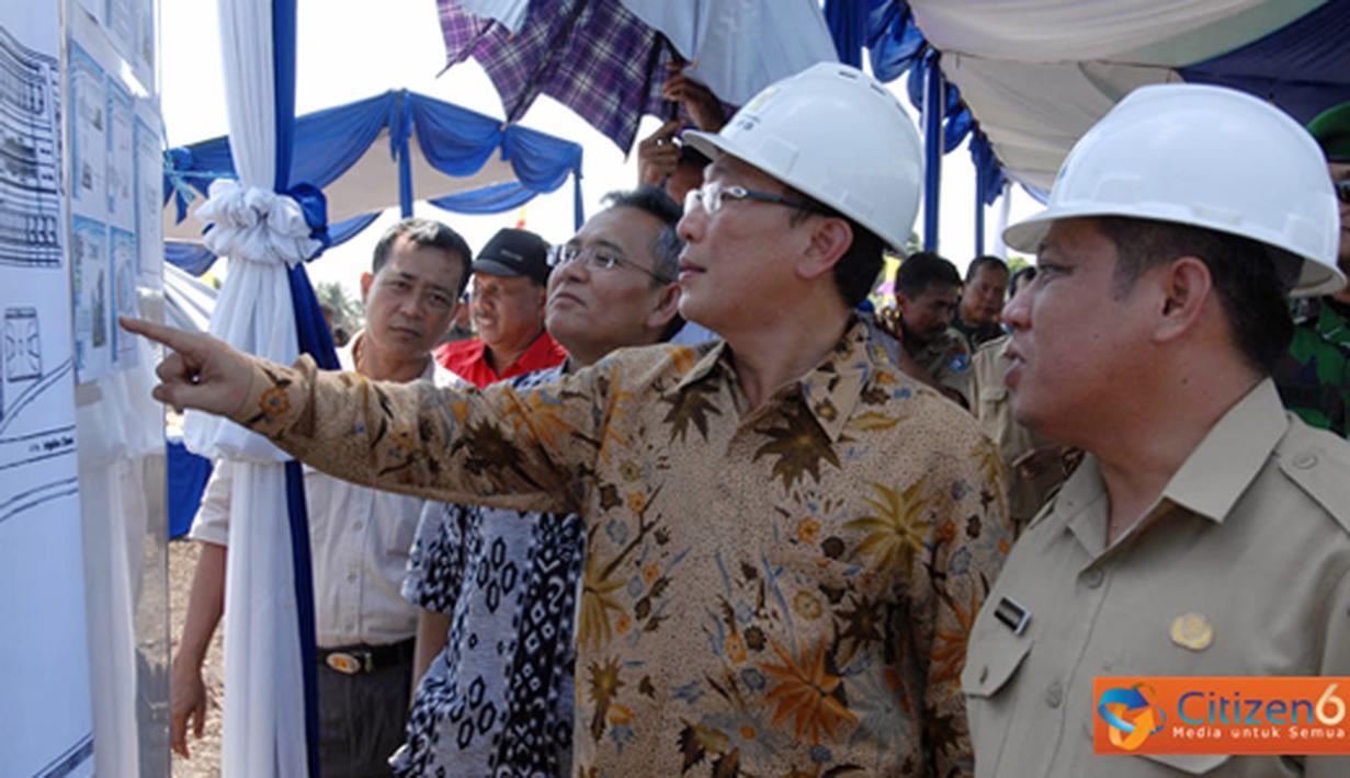 Citizen6, Pontianak: PLTGB Pontianak dengan kapasitas 9 MW akan selesai dibangun dan Comersial Operasional Date (COD) pada Desember 2011. penghematan yang didapat dari substitusi atas penggunaan BBM sebesar 60 milyard pertahun. (Pengirim: Agus Trimukti)