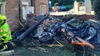 supercar McLaren 570S mengalami kecelakaan dan terbakar hingga menjadi besi rongsokan.(Carscoops)
