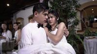 Adegan sinetron Satu Atap 3 Cinta (Tobali Putra Productions)