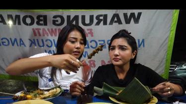 [Fimela] makan di pinggir jalan -ashanty dan Aurel