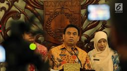 Pelaksana harian (Plh) Gubernur DKI Jakarta, Saefullah mengumumkan penetapan UMP DKI 2019 di Balai Kota Jakarta, Kamis (1/11). UMP DKI 2019 ditetapkan Rp 3,94 juta atau naik 8,03 persen dari UMP DKI 2018 sebesar Rp 3.648.035. (Liputan6.com/Johan Tallo)