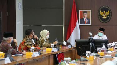 Menko PMK Pimpin Rapat Koordinasi Tingkat Menteri Tentang Hari Libur Nasional dan Cuti Bersama tahun 2022.