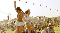 Dalam Festival Coachella yang digelar tahunan, para selebritas Hollywood memperkenalkan warna rambut terbaru mereka.